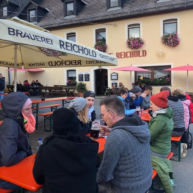 Herbstliche Bierwanderung in Hochstahl in der Fränkischen Schweiz mit Neu-Bayreuthern bei Reichold Bräu