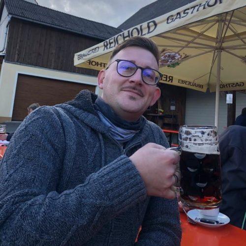 Manuel Messerer bei Reichold Bräu bei der Herbstlichen Bierwanderung in der Fränkischen Schweiz mit Neu-Bayreuthern
