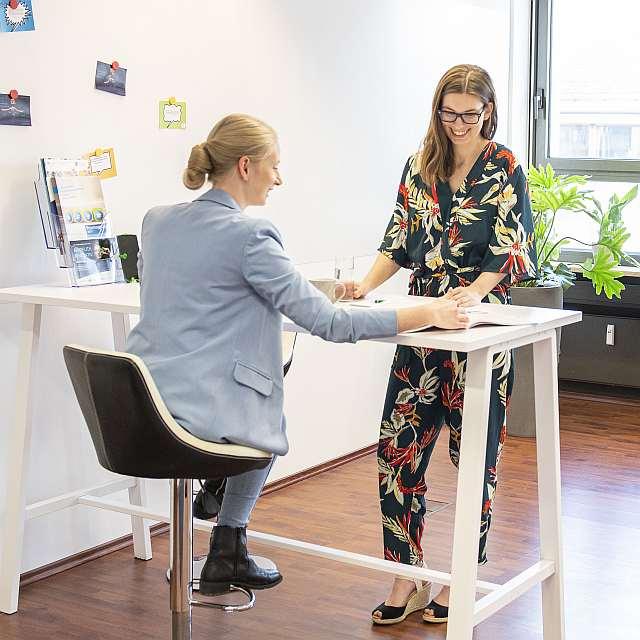 Beratung einer Gründerin im Bayreuther StartUp Point