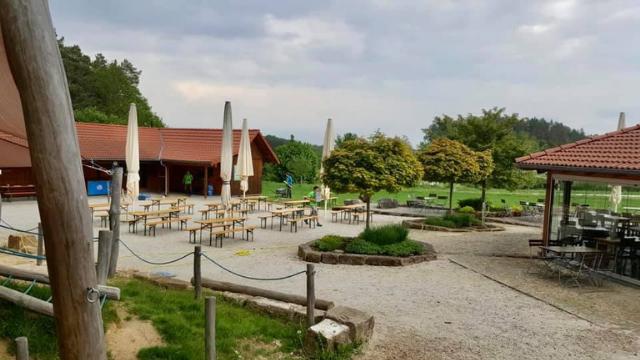Biergarten im Kletterwald Pottenstein