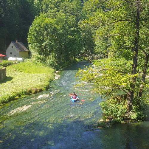 Regionsausflug für Neubürger in die Fränkische Schweiz